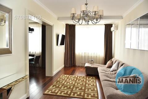 Вашему вниманию предлагается уютная, светлая трехкомнатная квартира в