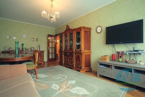 Продается 3 комнатная квартира на улице Пырьева