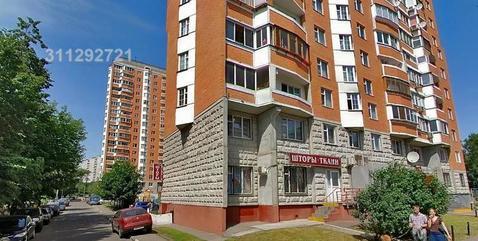 Предлагается в аренду помещение-проходная. 1-я линия домов, 1-й этаж ж