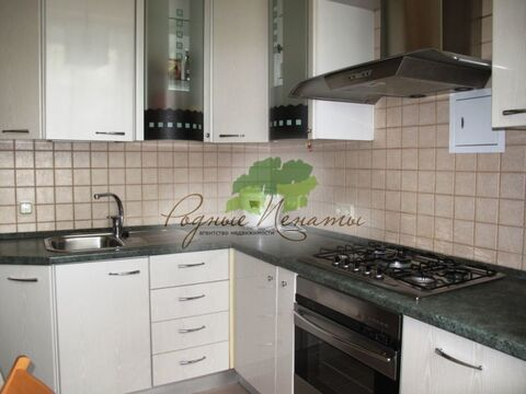 Продается 2-к Квартира ул. Бажова