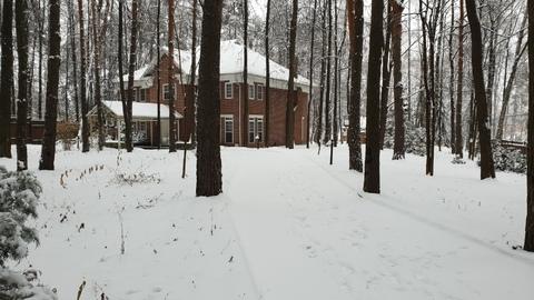 Дом 500 кв.м. на участке 30 соток
