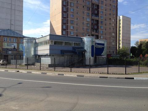 Отдельно стоящее здание с участком, 100000000 руб.