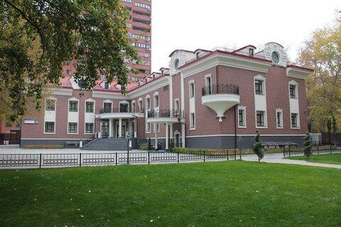 Аренда презентабельного здания с собственной территорией в ЦАО