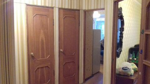 Продается двухкомнатная квартира в п Зелёный.
