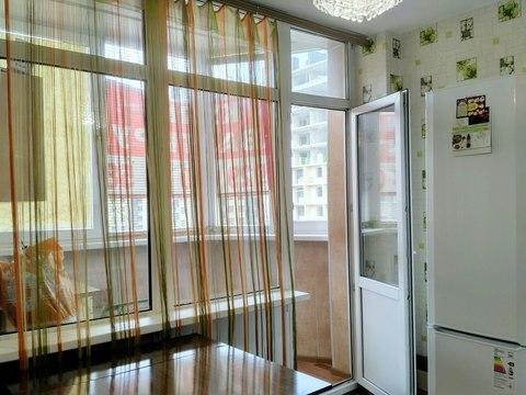 1-комнатная квартира, 36 кв.м., в ЖК на улице Захарченко, 3