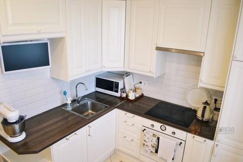 Продается 2-комнатная квартира ул. Ильича, д.41.