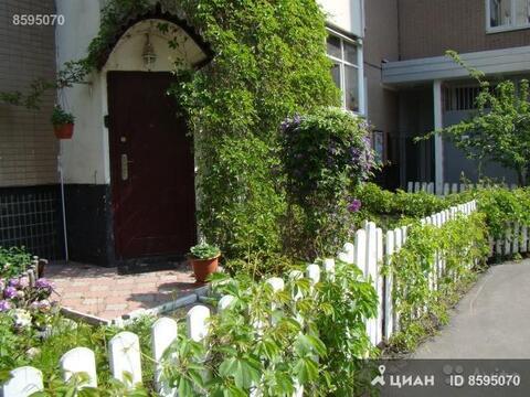 Продаётся 3-комнатная квартира по адресу Привольная 65к2