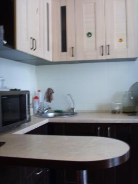 Продается трехкомнатная квартира в центре пос.Обухово