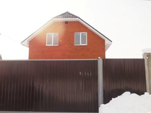 Дом из пеноблоков обложен красным кирпичом 140 кв.м. Участок 8 соток.