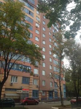 Oднокомнатную квартиру с евроремонтом и мебелью в Химках.