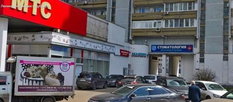 Торговое помещение 120 м2 на первой линии Ленинского пр-та 99