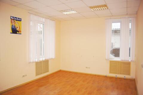 Сдам помещение с офисной отделкой, площ. 20 кв.м. (м.Электрозаводская)