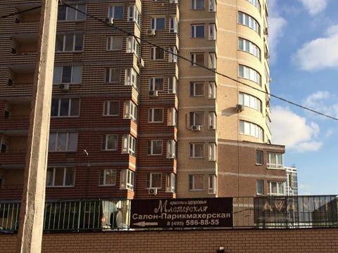 Срочно продается 3-х комнатная квартира Рождественская ул.