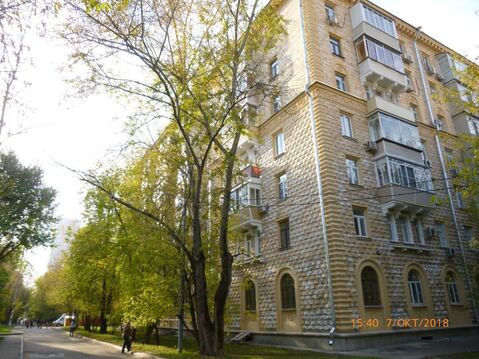 Многокомнатная квартира в фасадной сталинке