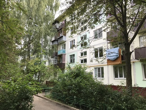 2-комнатная квартира в пос. Нахабино, ул. парковая, д. 13а