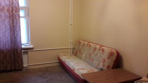Двухкомнатная квартира на восточке.