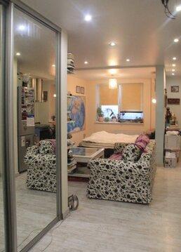 Продаётся видовая однокомнатная квартира с дизайнерским ремонтом.