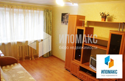 Наро-Фоминск, 1-но комнатная квартира, ул. Профсоюзная д.12, 2200000 руб.