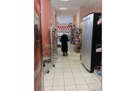 Продуктовый магазин 200кв.м, 1-я линия, улица Героев Панфиловцев, 12, .