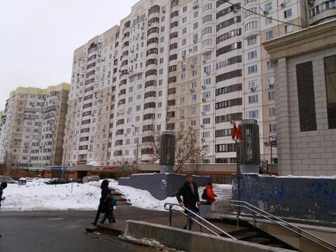 М. Севастопольская, магазин, ул. Азовская, 24к2