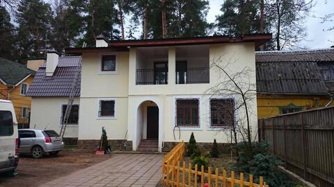 Дом 250 кв.м 10 сот. п.Кратово