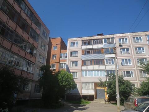 Сдам 2 к. кв. в центре г. Серпухова, ул. Борисовское шоссе 30-19