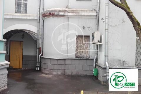 Собственник сдает в аренду нежилое помещение с отдельным входом- 127 к