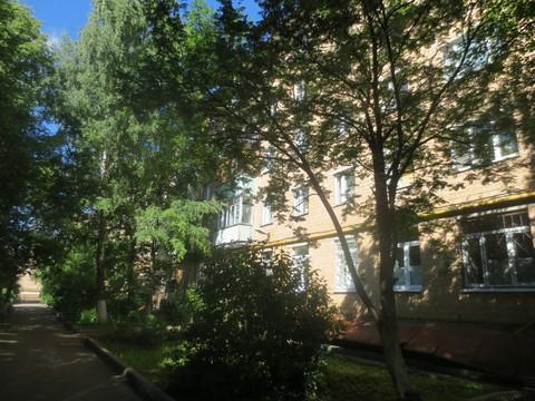 Сдам 2-х комнатную квартиру около ж/д вокзала. г. Серпухов