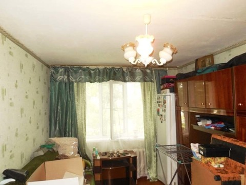 Комната в 3-х ком. квартире 18 (кв.м). Этаж: 1/5 панельного дома.