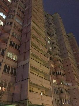 Продам 2ком.к.в п.Октябрьский, ул.Подмосковная, д.28,53м2, изолированные