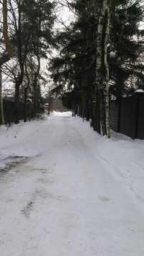 Продается участок площадью 8 соток с коммуникациями, 1500000 руб.