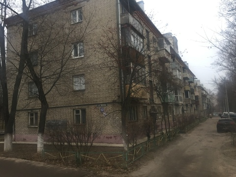 Продаю двухкомнатную квартиру на ул. Чехова,43