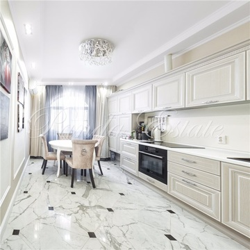 3-комнатная квартира, 120 кв.м.