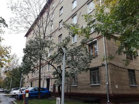 Полностью автономная студия, в самом центре москвы.