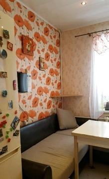 Продается двухкомнатная квартира Колхозная 40