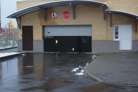 Машино места 13.2м2. в подземном паркинге в г.Жуковский, ул.Солнечная