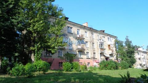 Продается комната в 3 комн. квартире площадь 13 кв.м. Выделенная комн, 1700000 руб.