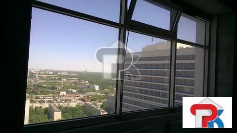 "4-комнатная квартира, 143 кв.м., в ЖК ""Триколор"""
