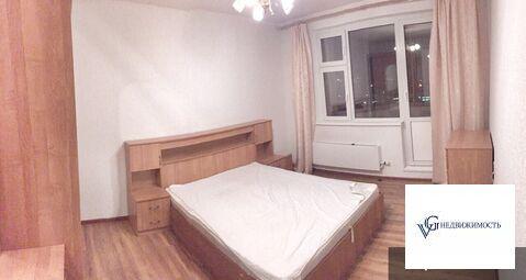 Сдается чистая, светлая, просторная двухкомнатная квартира.