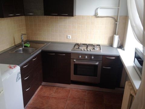 Предлагается 2-я квартира в кирпичном доме с достойным ремонтом