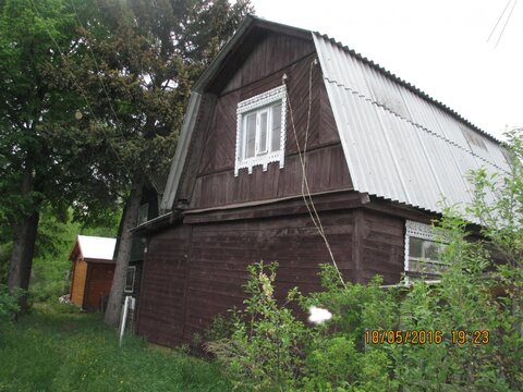 Дом дачный 2 этажа в городе