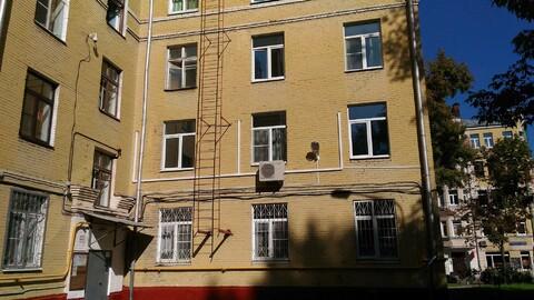 2 кв г. Москва ул Большая Пионерская д.10-12 с1, 6 м.п. от метро