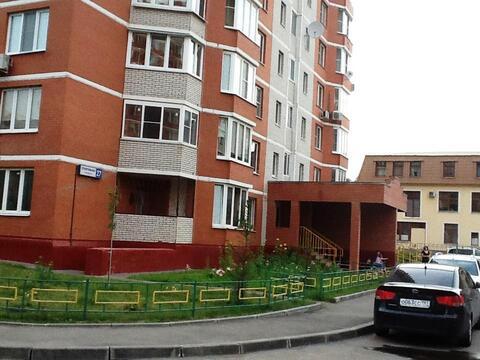 Продаю 1 комнатную квартиру г.Щербинка ул.Спортивная дом 27