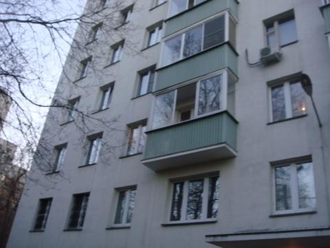 М. Полежаевская 5 м.тр.Пр-т Маршала Жукова дом 55. Продается 2 кв-44,8