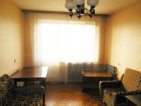 1-ком. квартира 33 (кв.м). Этаж: 5/5 панельного дома.