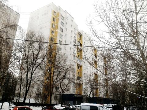 Продается 2-х комн квартира м.Строгино