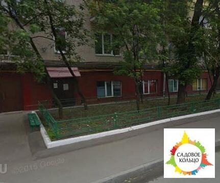 Продается помещение с отдельным входом общей площадью 235 к