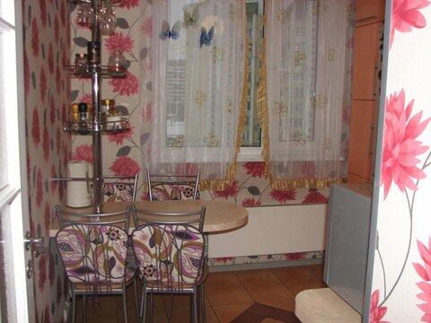 Продам 3-к квартиру, Москва г, улица Генерала Кузнецова 23
