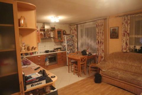 Продается 4-х комнатная квартира в Жуковском.