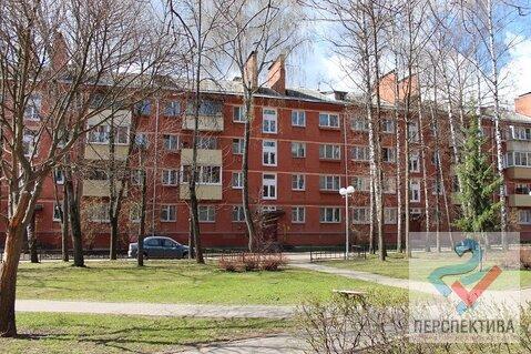 Продается 2-х комнатная квартира в кирпичном доме в центре города!